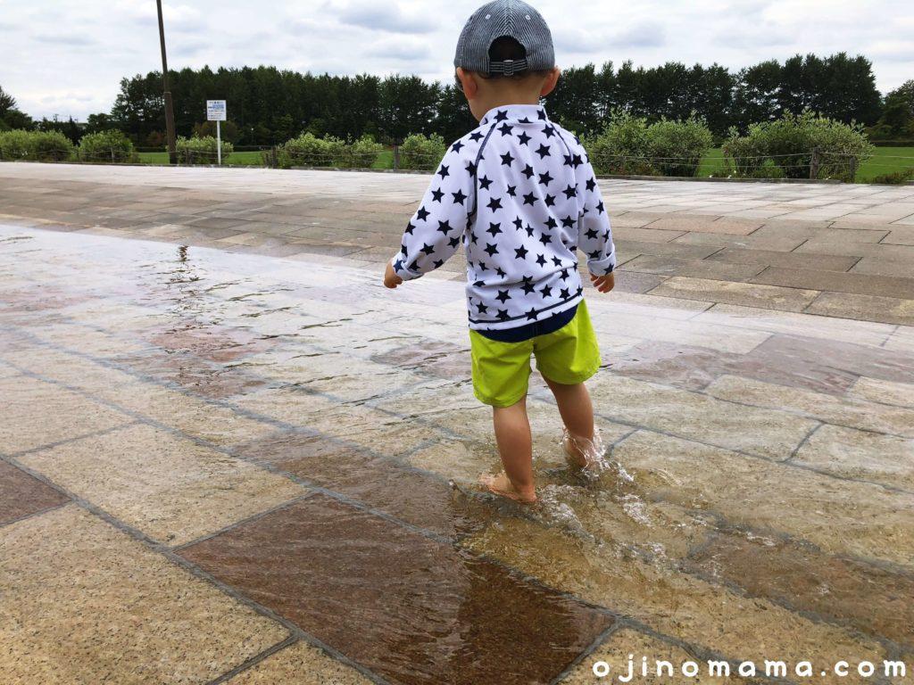 札幌水遊び川下公園カナール1
