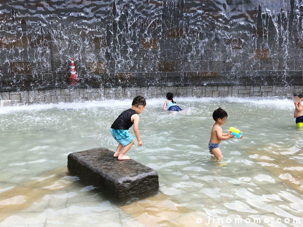 札幌水遊び川下公園