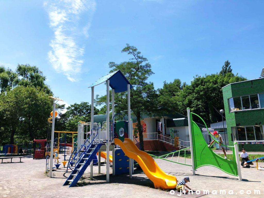 札幌中島公園コンビ遊具1