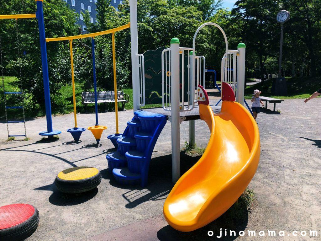 札幌中島公園コンビ遊具2