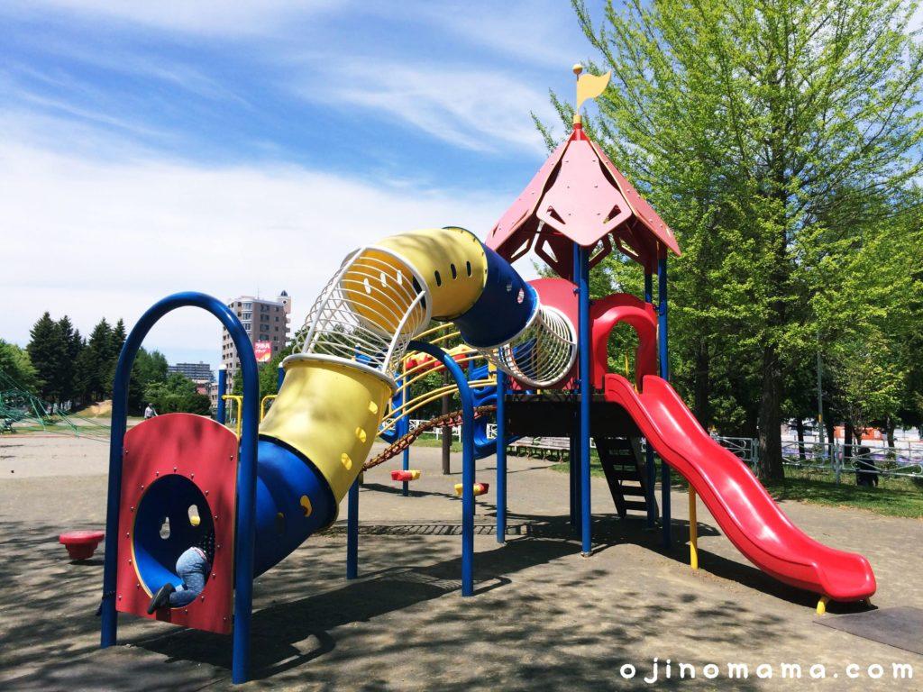 札幌白石東冒険公園コンビ遊具2