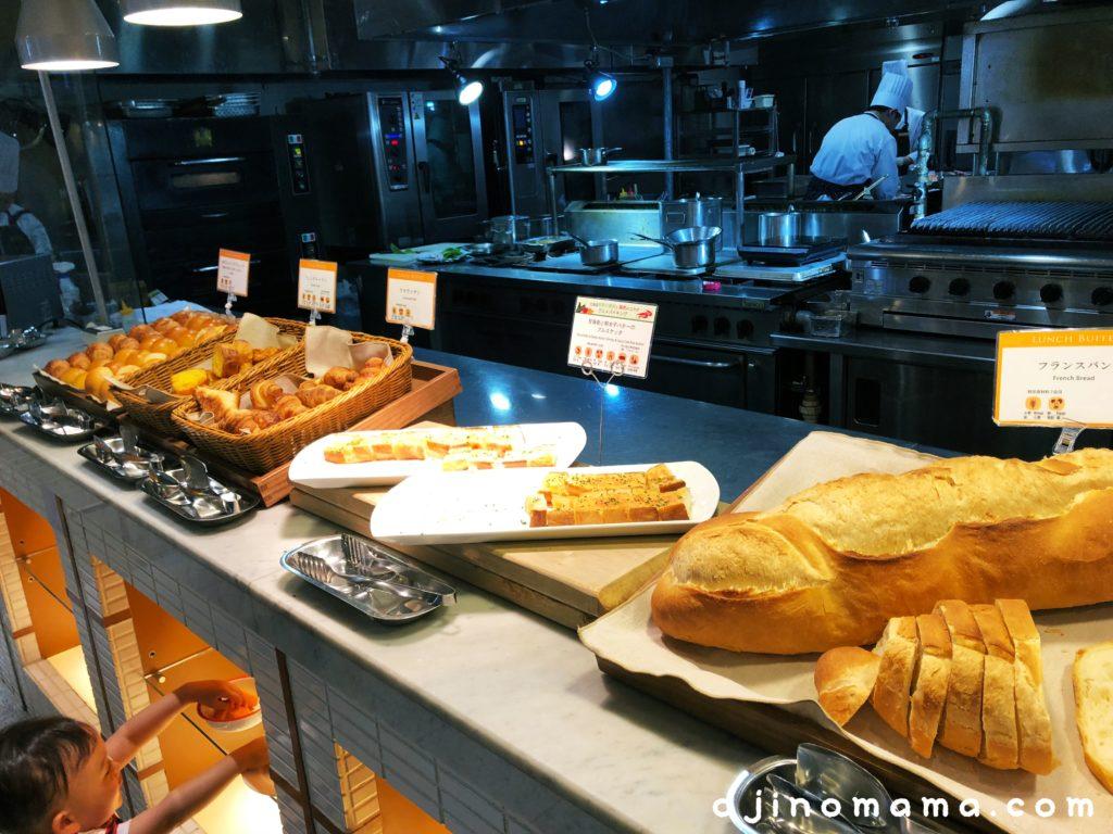 ノーザンテラスダイナーランチバイキングパン