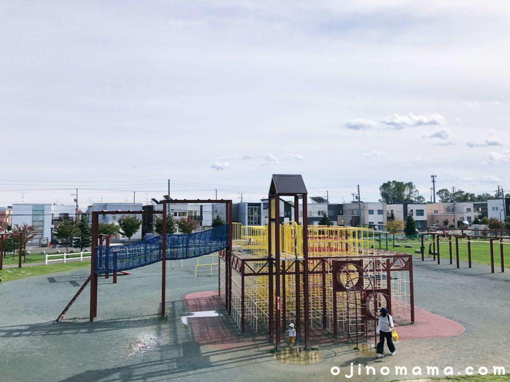 手稲区明日風公園ジャングルジム2