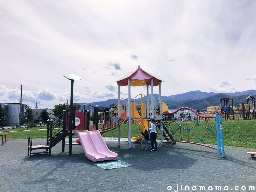 手稲区明日風公園幼児用コンビ遊具1