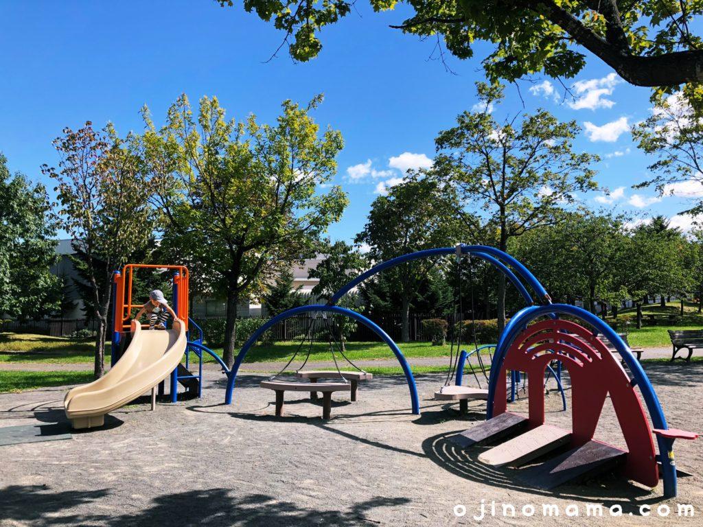 西野グリーン公園幼児用コンビ遊具