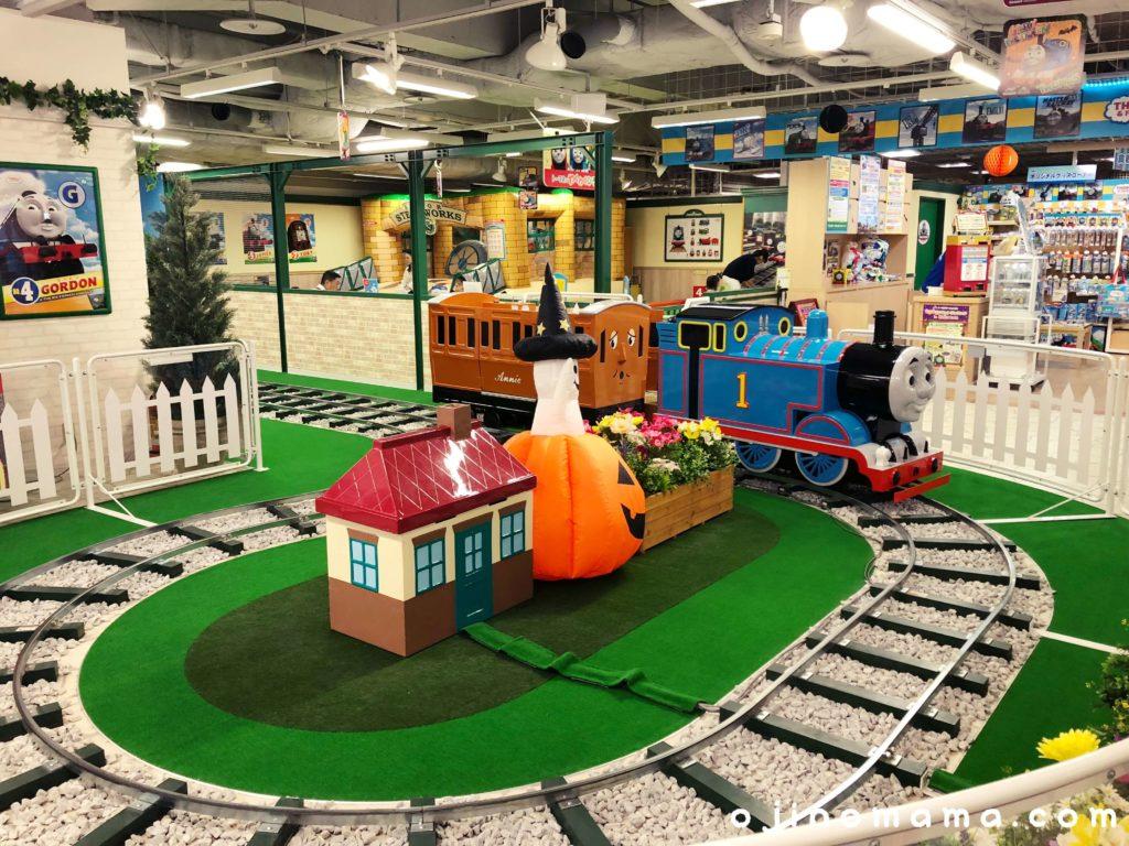 札幌トーマスステーショントーマスのなかよしトレイン