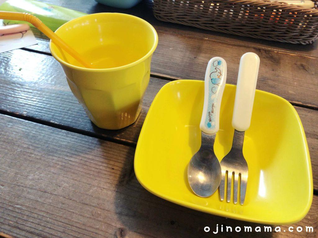 札幌子連れランチカフェブルー子供用食器