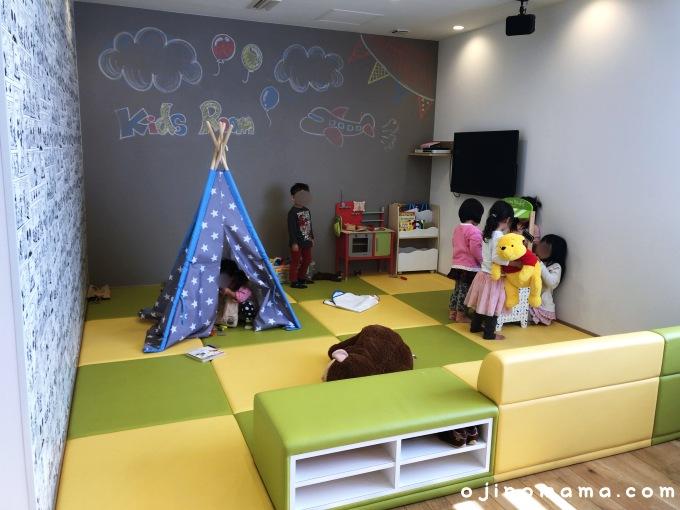 札幌市東区cafevoizキッズスペース