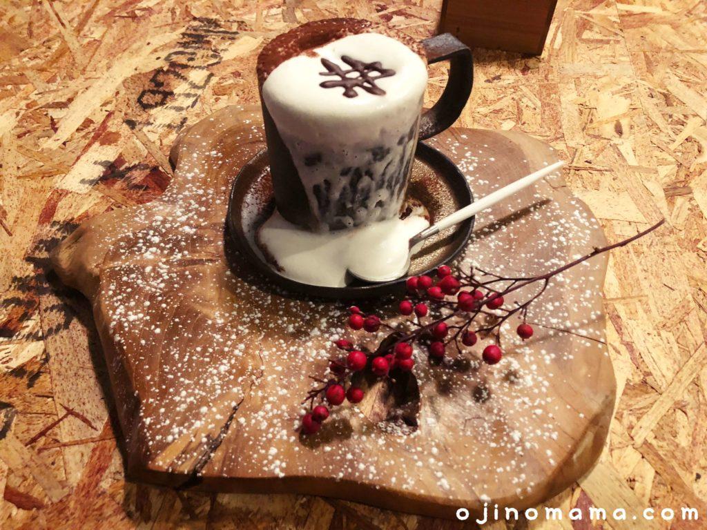 札幌tbirdcafeあふれるコーヒー