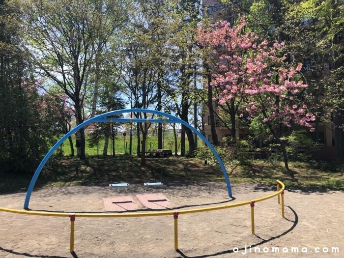 札幌厚別区かげろう公園ブランコ