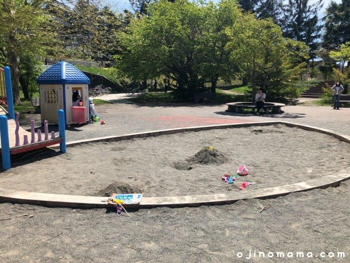 札幌厚別区かげろう公園砂場
