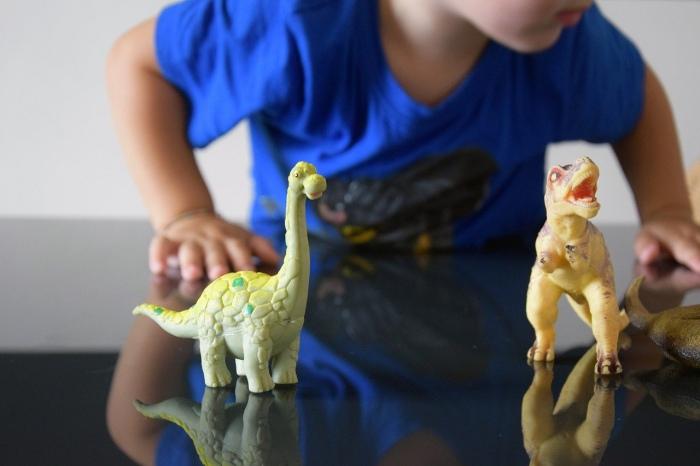 3歳おもちゃ恐竜