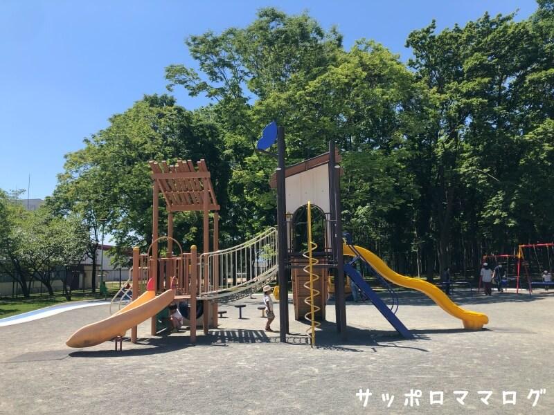 伏古公園幼児用遊具